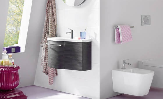 Soluzioni intelligenti per i mobili offrono inoltre spazio per riporre ...
